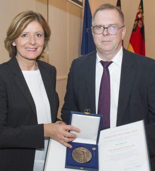 Verleihung der Sportplakette des Landes RLP an Klaus Lotz